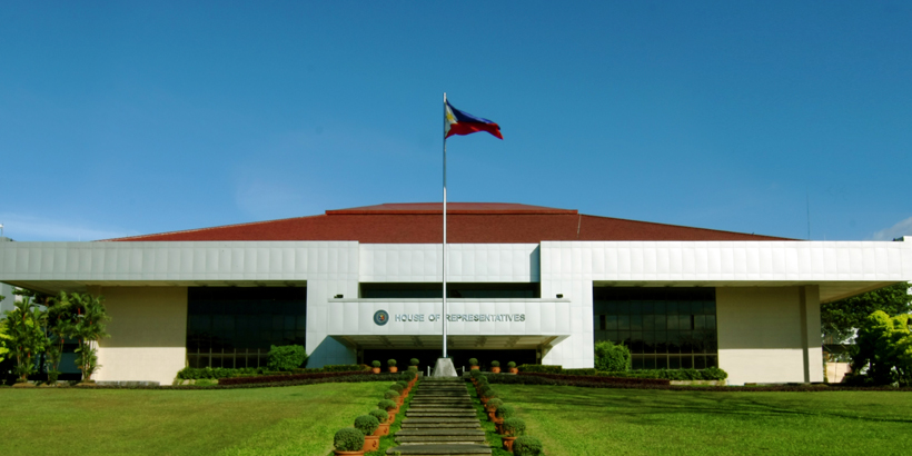 More than two weeks ahead of its original target date of approval, President Duterte's proposed P3.35-trillion 'Budget for Real Change' gets approval on third and final reading by the House of Representatives.
